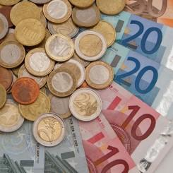 Geld, munten en biljetten, Financial